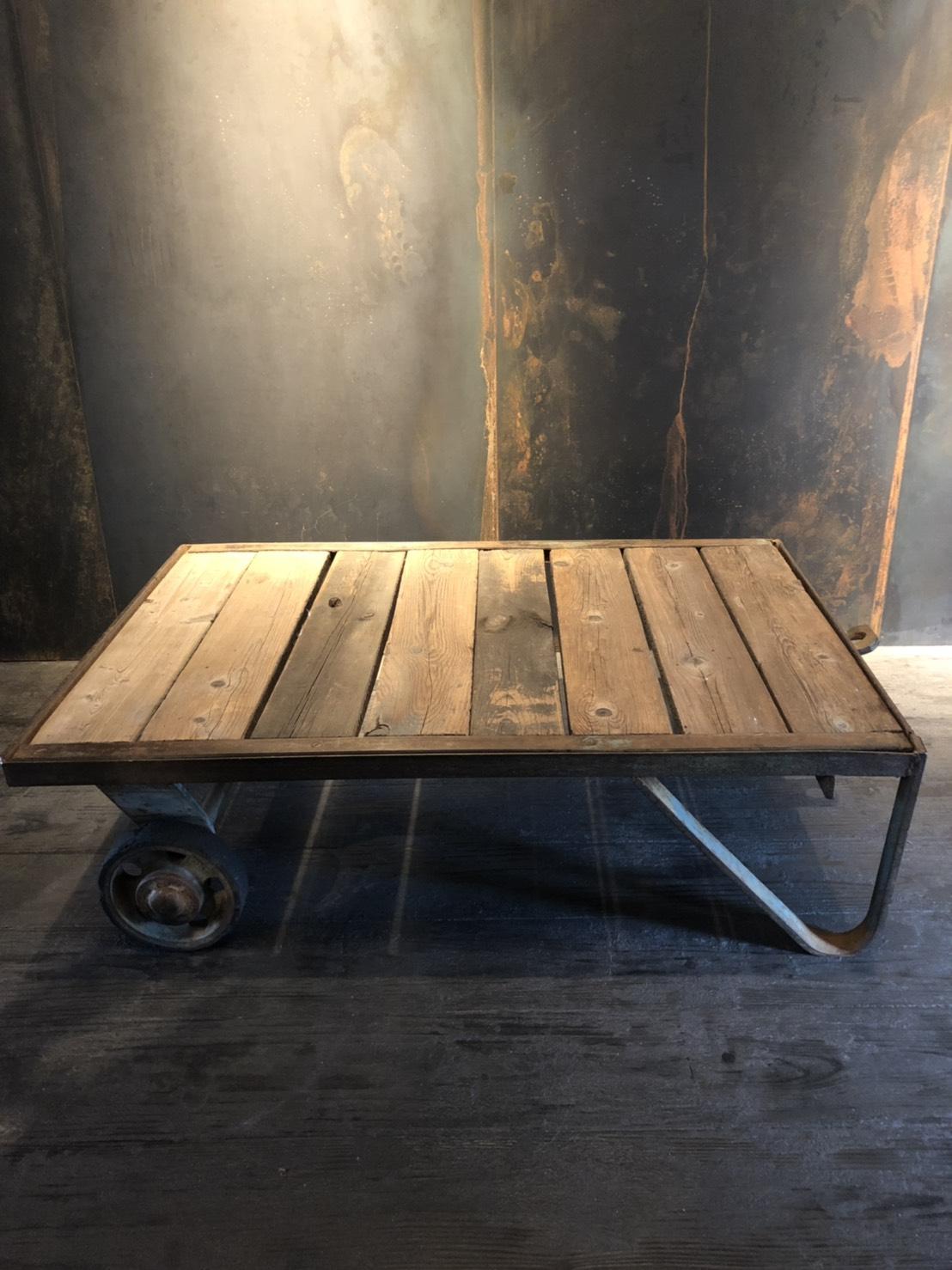 ローテーブル W1000 D700 H300