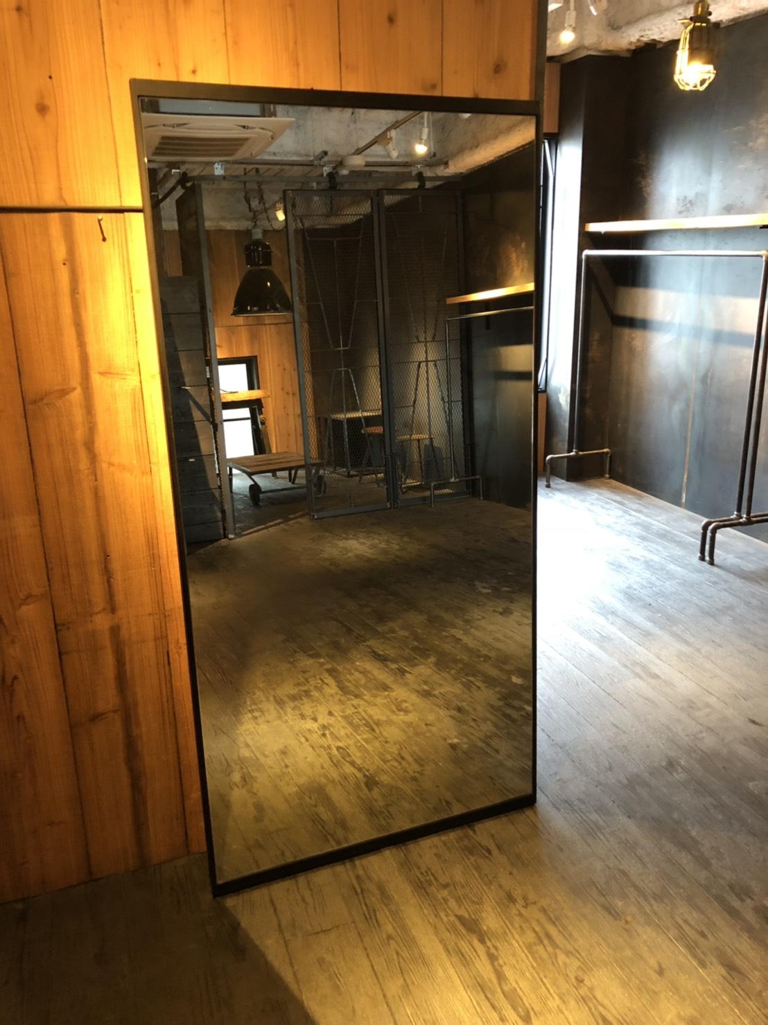 鏡 W900 H1800